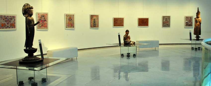Expositions aux arts asiatiques traditionnels